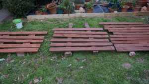 Wood to build beds made from old pallets